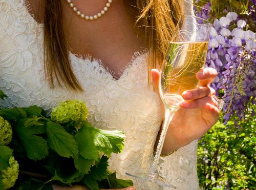 Для шампанского для жениха и невесты