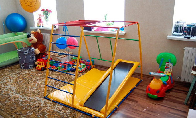 Детский игровой уголок дома