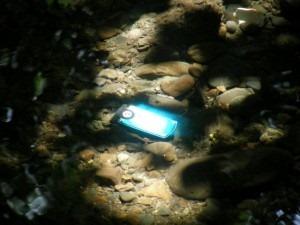 Как починить телефон или MP3-плеер